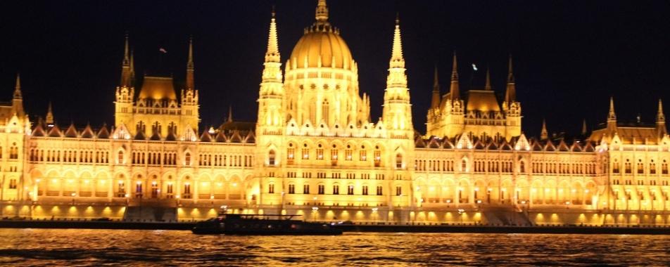 Krętymi uliczkami Budapesztu